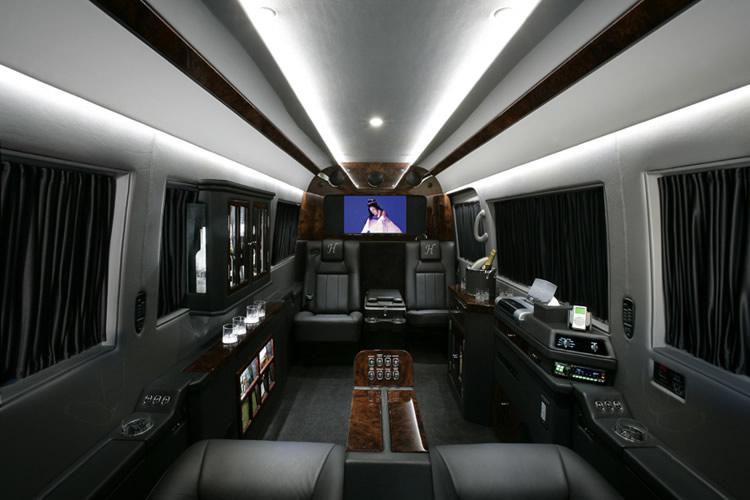 San Diego Vans shuttles sprinters charters - San Diego Limo